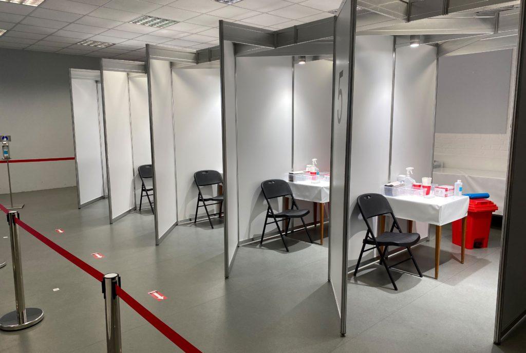 5 Kabinen im ASFD Testzentrum Eilendorf