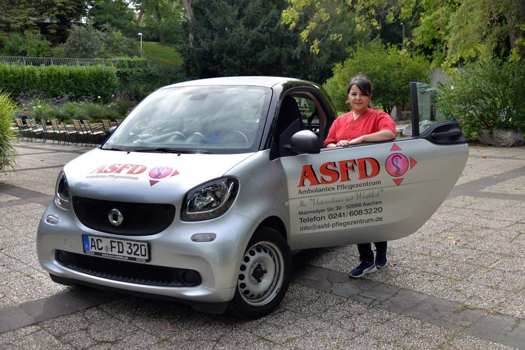 ASFD-Pflegefachkraft mit Firmenwagen